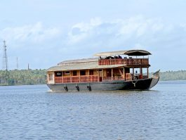Kollam Houseboat Cruise on Ashtamudi Lake