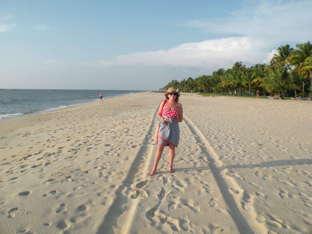 kovalam to marari Beach