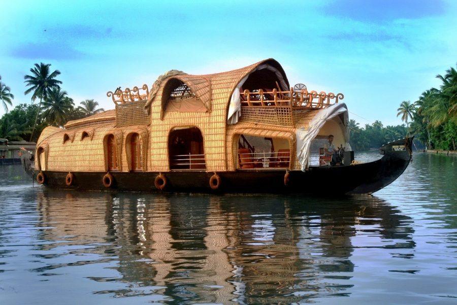 premium boat houser