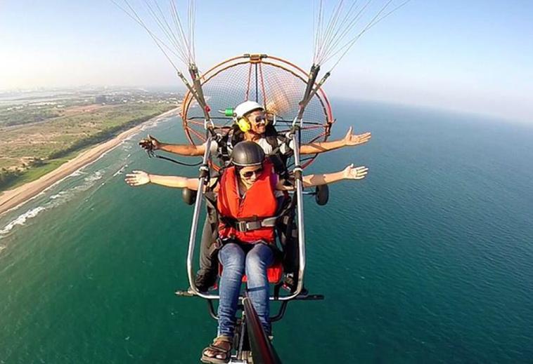 Trivandrum paragliding tour