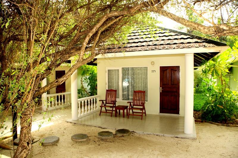 Tour Description Maldives Tours Paradise Island Resort