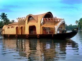 KOVALAM HOUSEBOAT TOUR